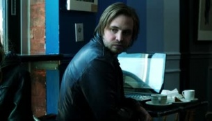 Nikita 02x20 : Shadow Walker- Seriesaddict